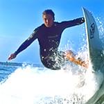 驚險刺激的衝浪運動